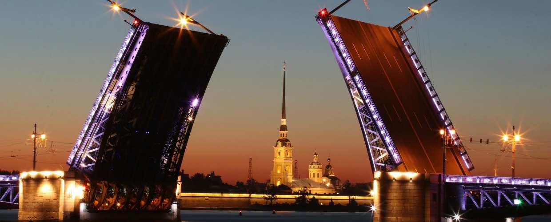Какой минимальный размер оплаты труда (МРОТ) в Санкт-Петербурге в 2019-2020 годах?