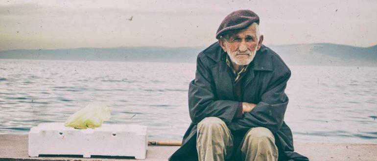 Штраф для неофициально работающих пенсионеров в 2020 году - введен или нет?